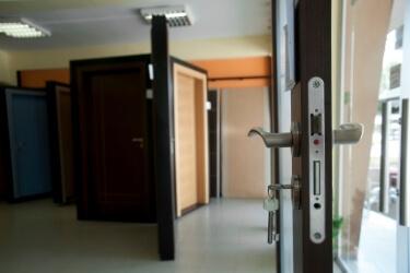 סוגי דלתות בנתניה